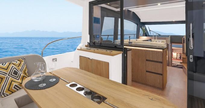 Rental Motorboat in Veruda - Sealine Sealine F430