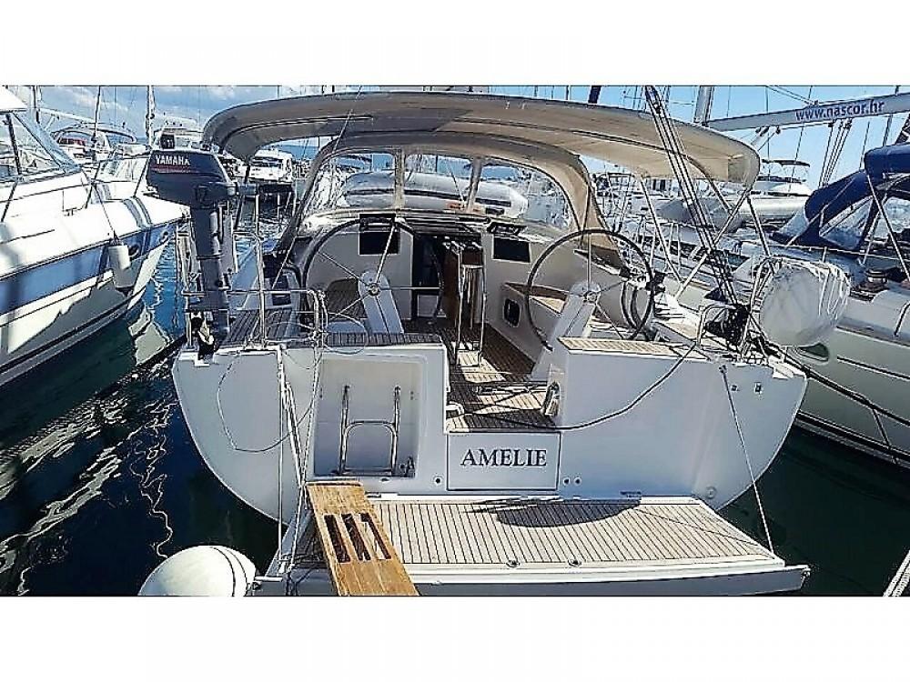 Rental yacht Marina Kaštela - Hanse Hanse 385 on SamBoat