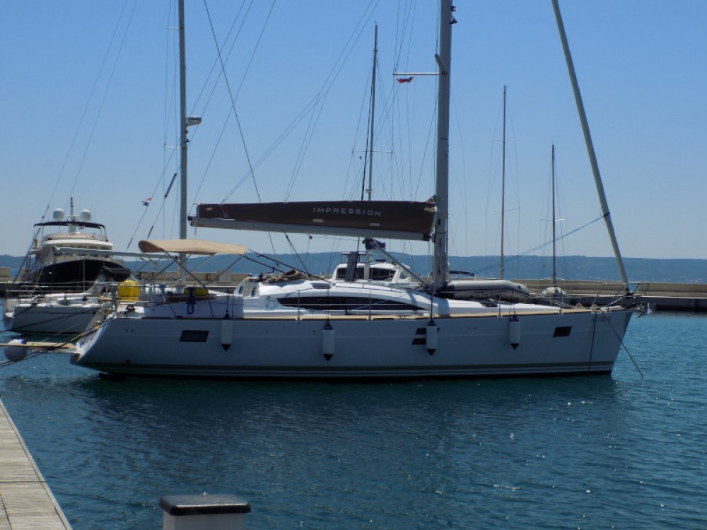 Hire Sailboat with or without skipper Elan Kaštel Gomilica