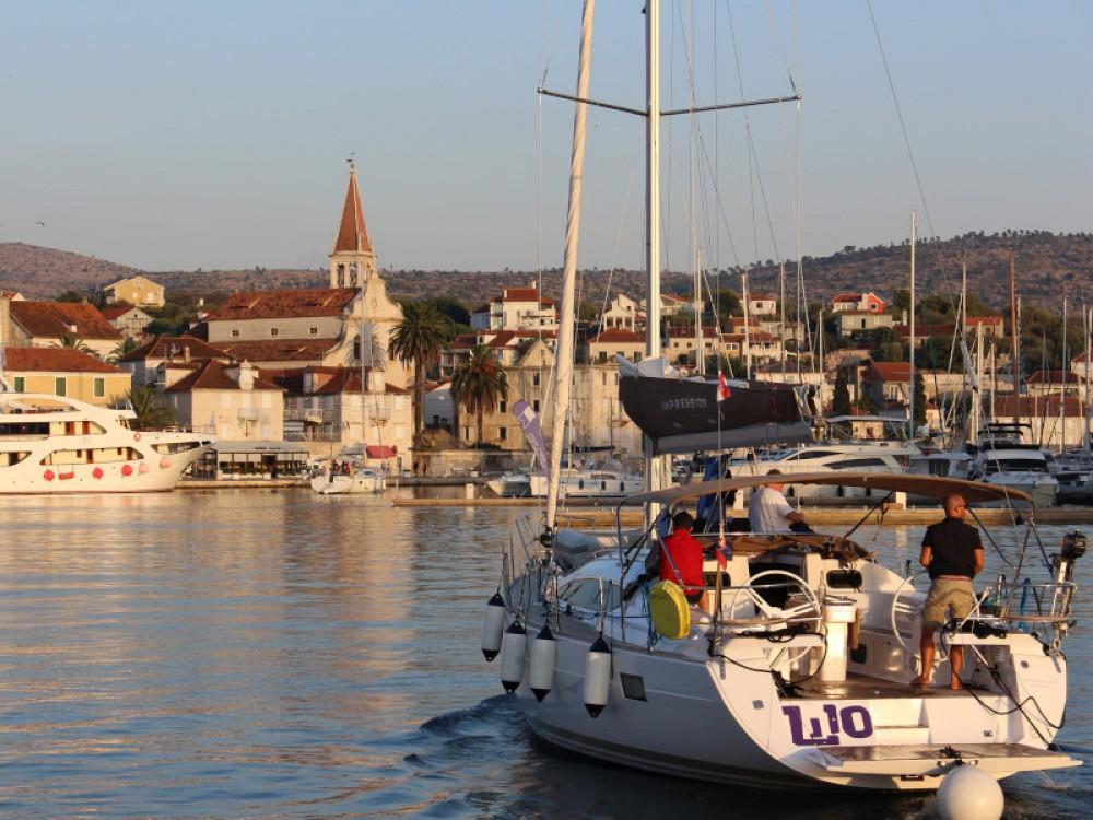 Boat rental Kaštel Gomilica cheap Elan 45 impression