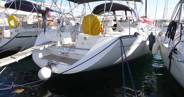 Jeanneau Sun Odyssey 49 between personal and professional Alimos