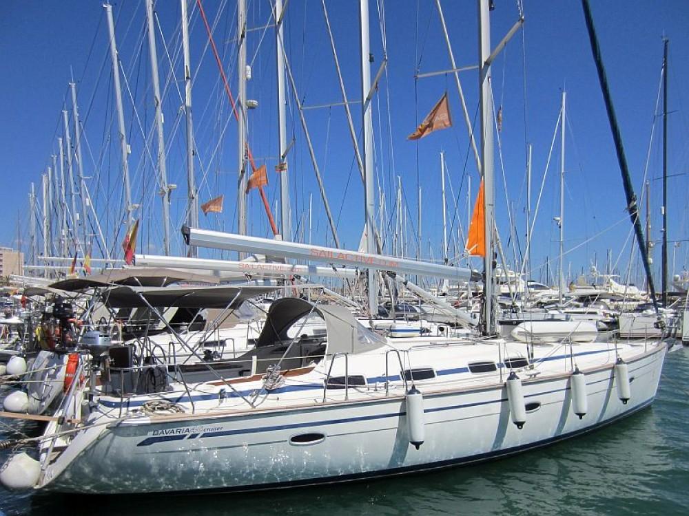 Boat rental Bavaria Bavaria 46 Cruiser in Palma on Samboat