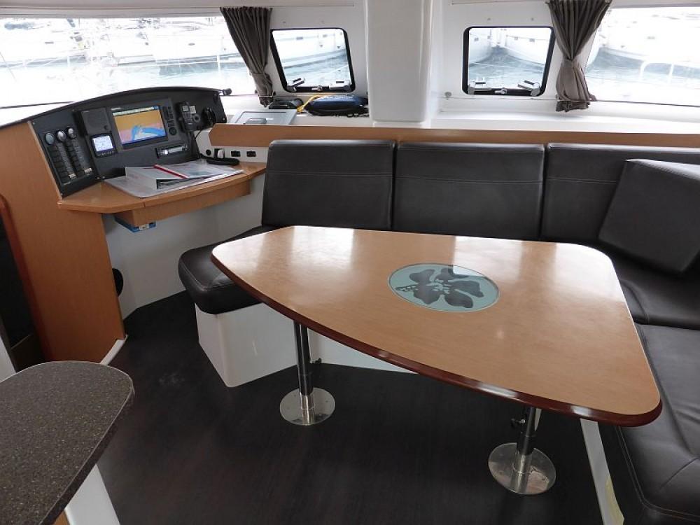Rental yacht Palma - Fountaine Pajot Lipari 41 on SamBoat