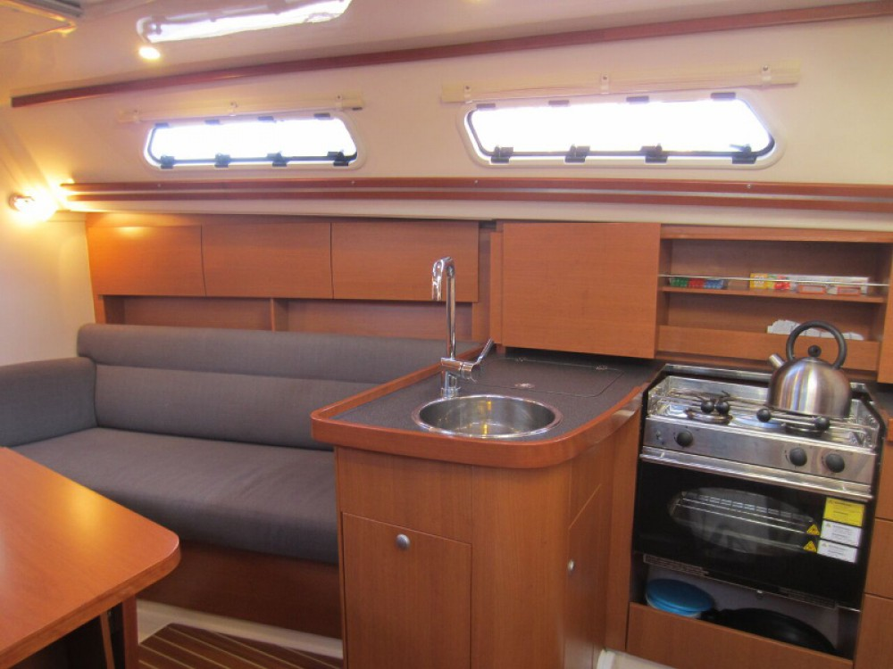 Rental yacht  - Hanse Hanse 325 on SamBoat