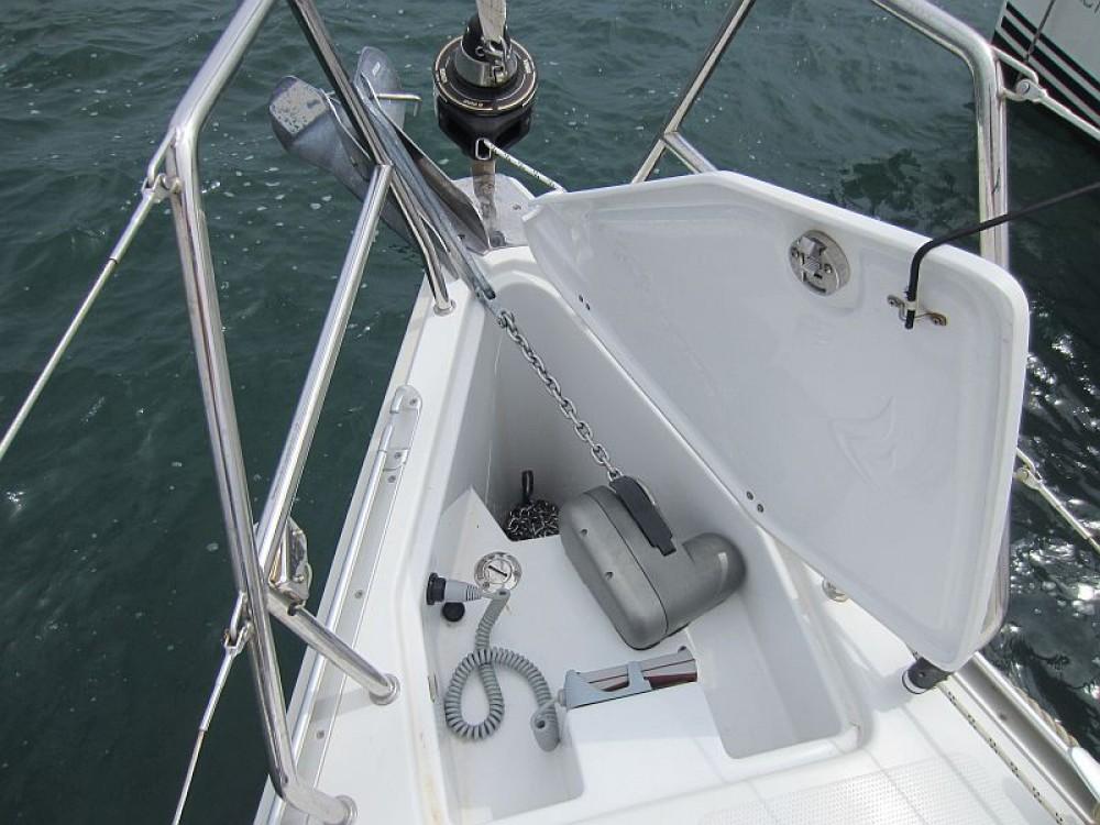 Boat rental Hanse Hanse 325 in  on Samboat