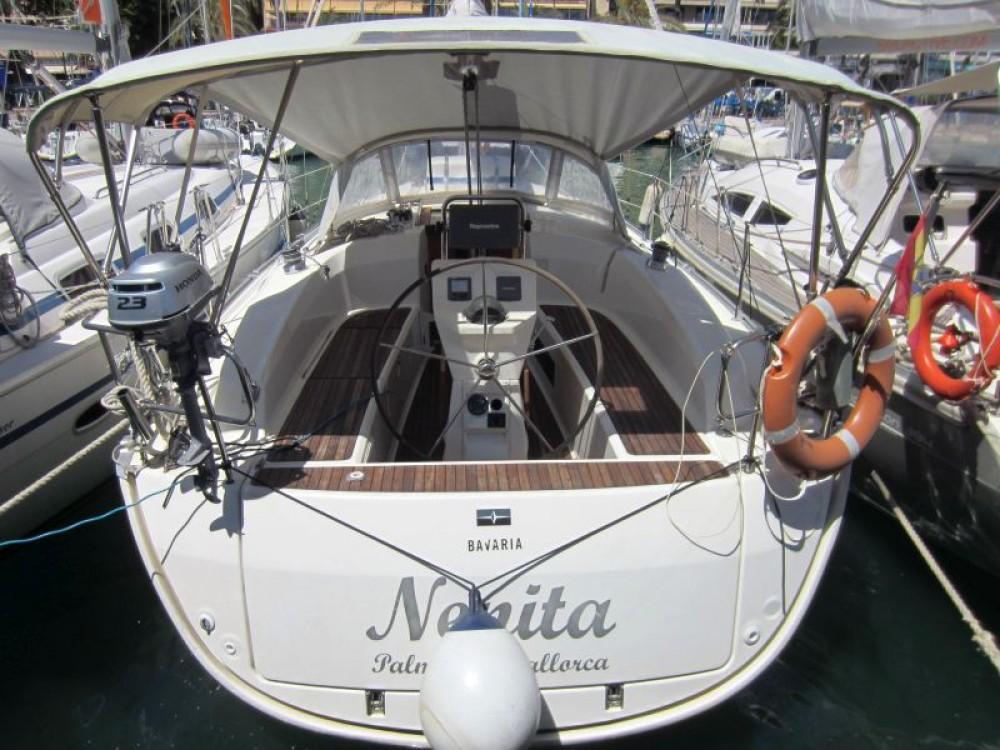 Rental Sailboat in  - Bavaria Bavaria Cruiser 32