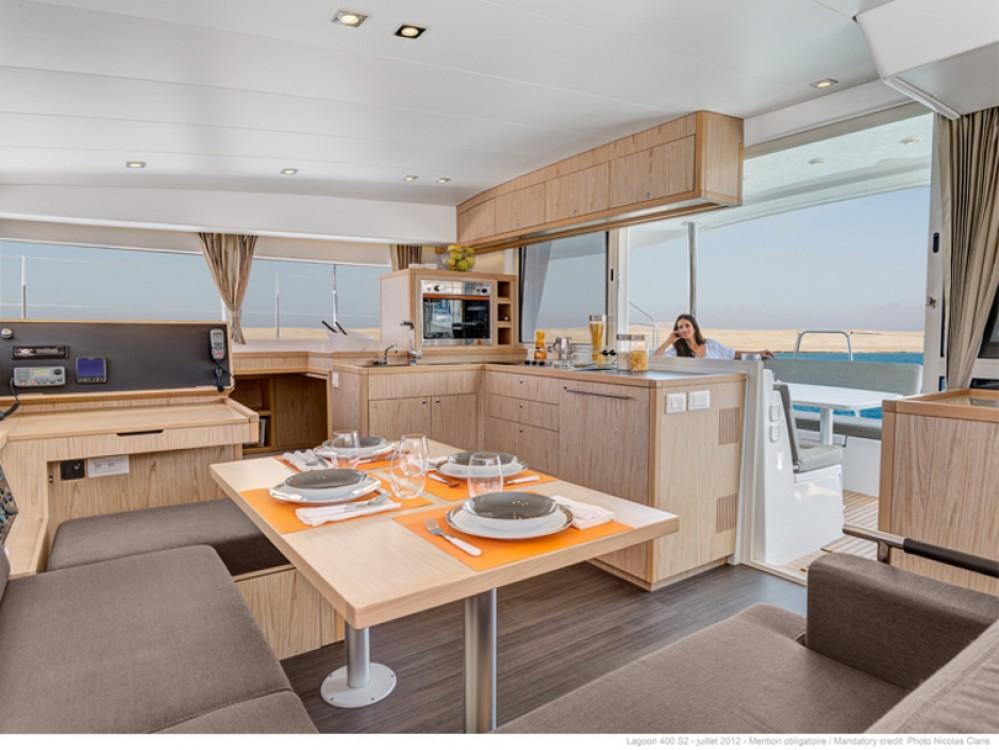 Boat rental Palma cheap Lagoon 400 S2