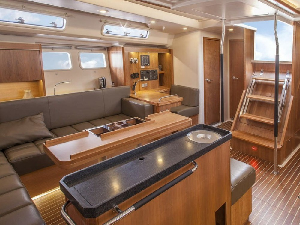 Sailboat for rent Palma di Maiorca at the best price