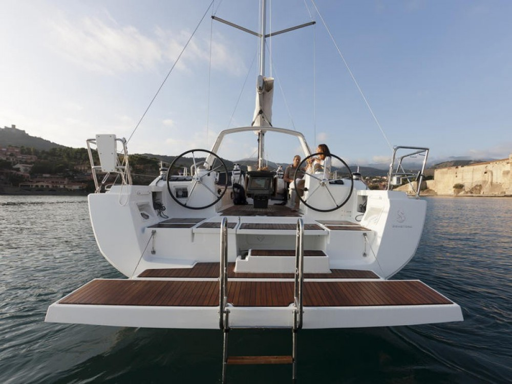 Rent a Bénéteau Oceanis 41 Palma de Majorque