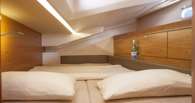 Boat rental Hanse Hanse 505 in Palma de Mallorca on Samboat