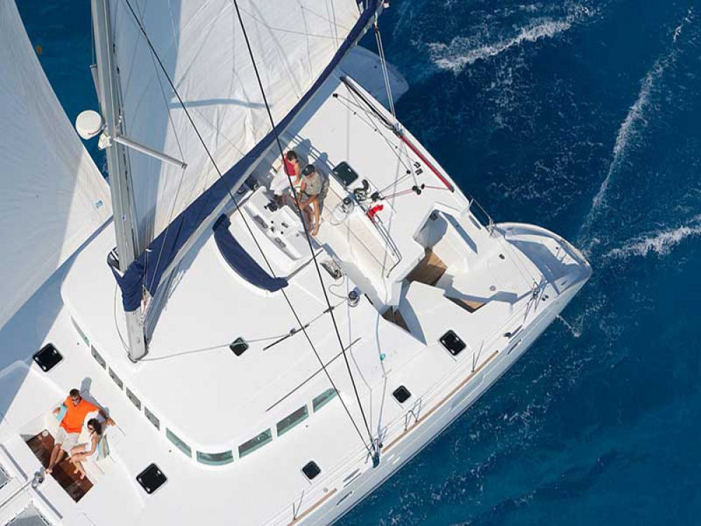 Boat rental Salerno cheap Lagoon 500
