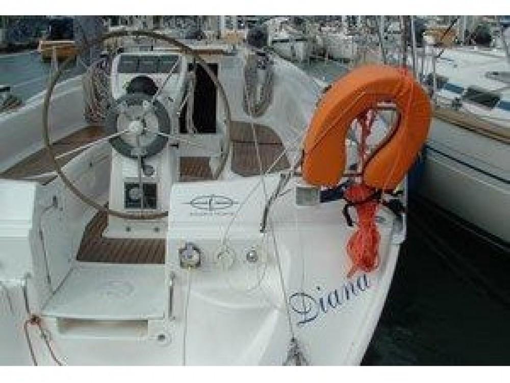 Boat rental Bavaria Bavaria 36 Cruiser in ACI Marina Trogir on Samboat
