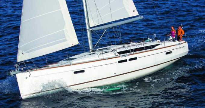 Rental Sailboat in Keramotí - Jeanneau Sun Odyssey 509