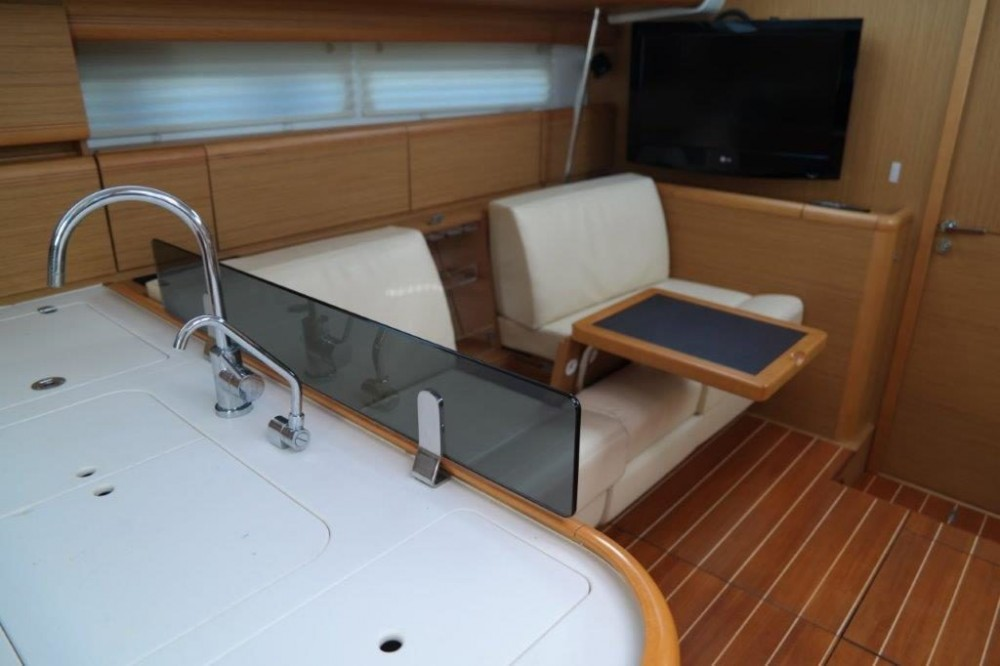Rental Sailboat in Keramoti - Jeanneau Jeanneau 57