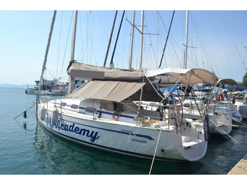 Sailboat for rent Keramoti at the best price