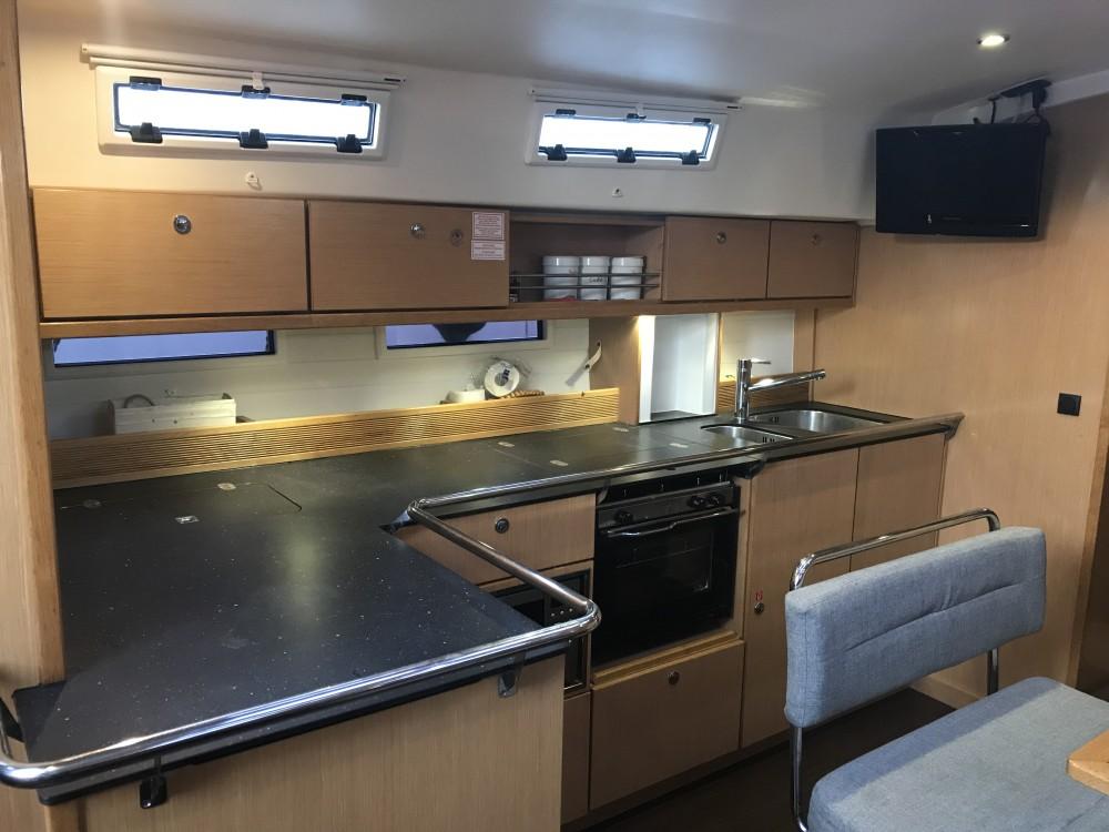 Rental Sailboat in Ibiza Magna - Bavaria Bavaria 45 Cruiser
