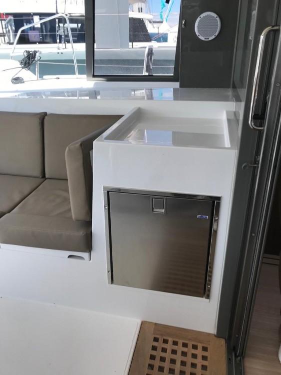 Rental Catamaran in Golfo Aranci - Nautitech Nautitech Open 40