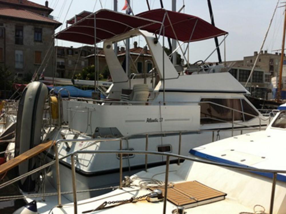Boat rental Atlantic Atlantic 37 in Grad Zadar on Samboat