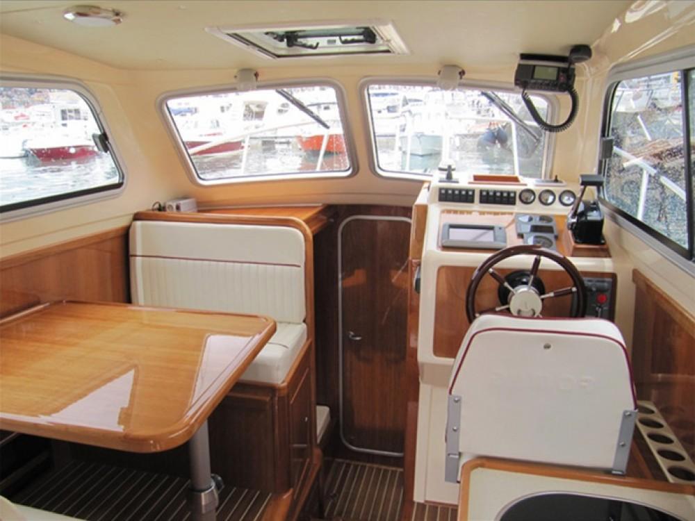 Rental Motorboat in Grad Zadar - Damor Damor 900 FURIA