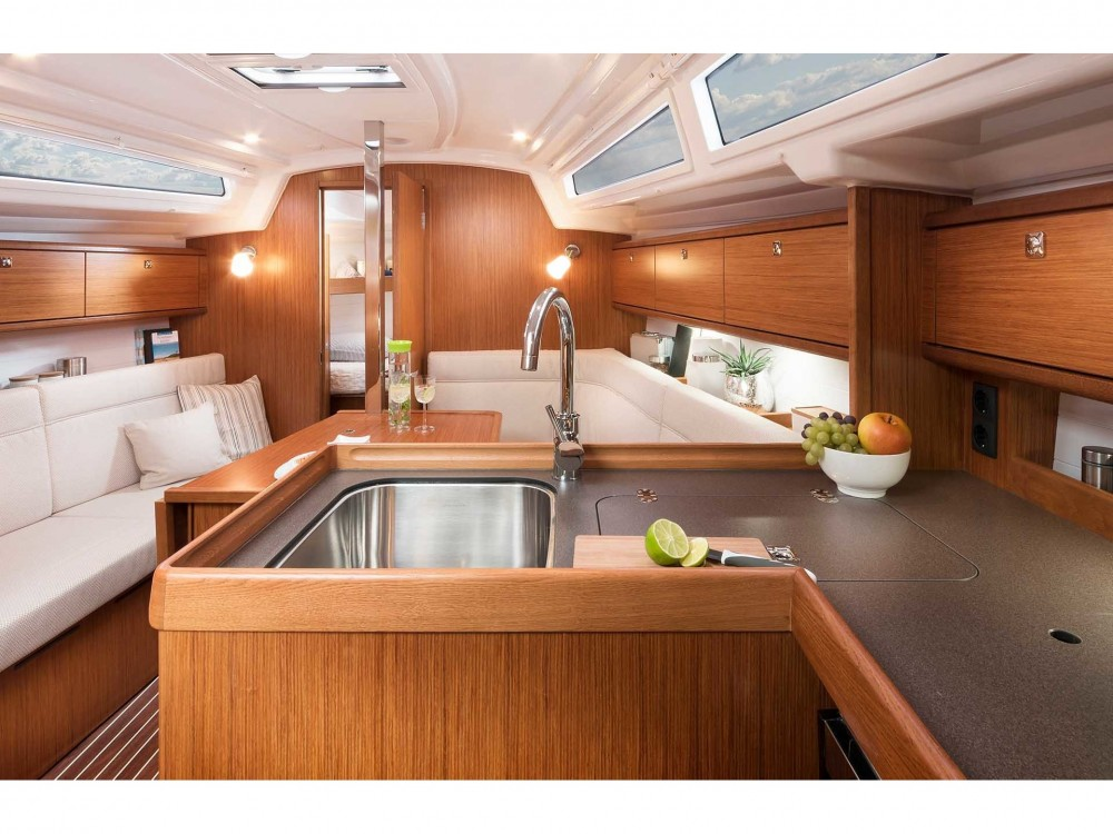 Bavaria Bavaria Cruiser 34 Style between personal and professional Zadar