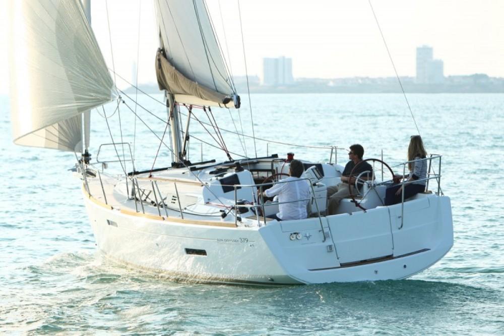 Rental yacht Sant Antoni de Portmany - Jeanneau JEANNEAU SO 379 on SamBoat