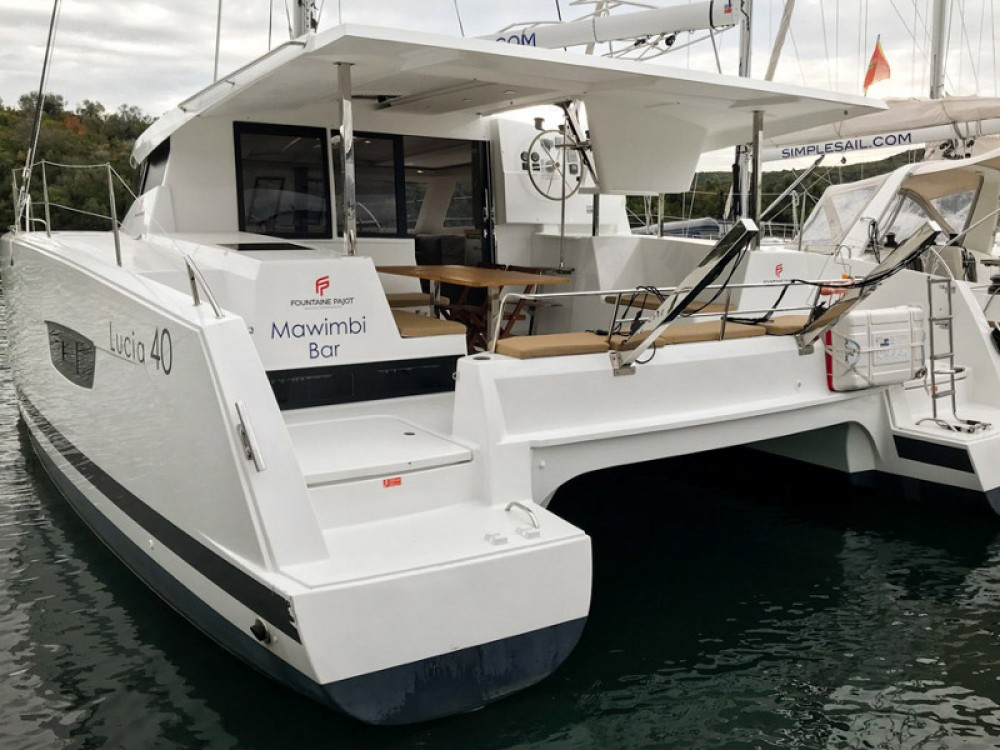 Boat rental  cheap Lucia 40