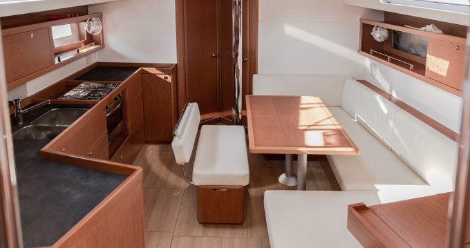 Bénéteau Oceanis 45 between personal and professional Tivat