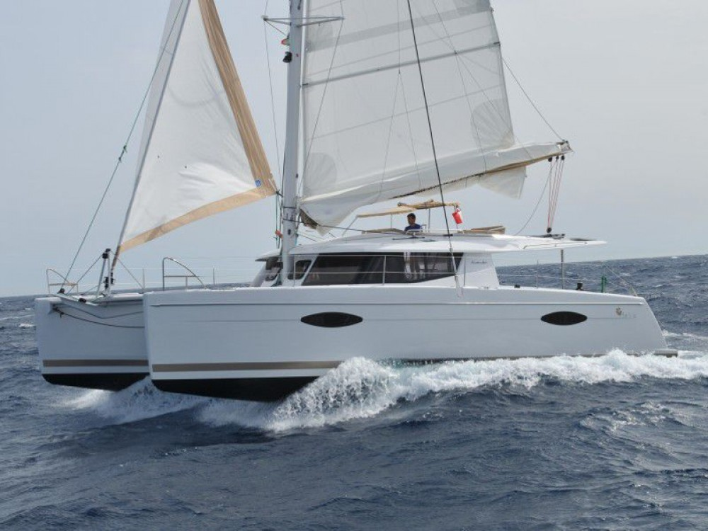 Fountaine Pajot Helia 44 (4 cabs) between personal and professional Slano