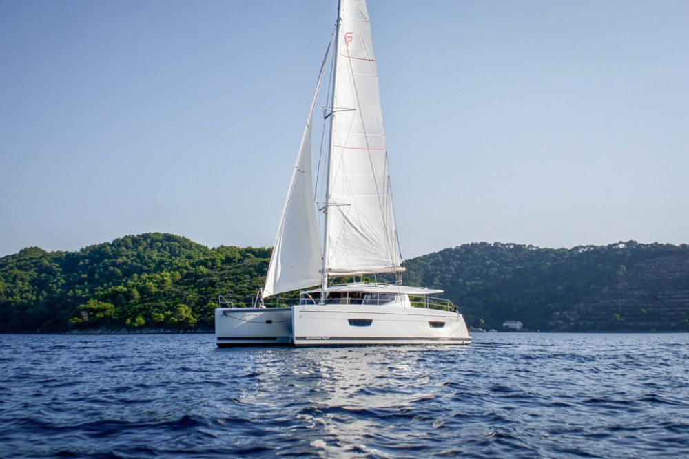 Rental yacht Slano - Fountaine Pajot Helia 44 (4 cabs) on SamBoat