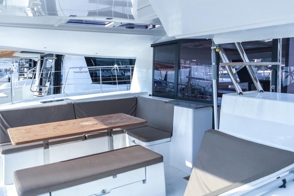 Rental Catamaran in Slano - Fountaine Pajot Helia 44 (4 cabs)
