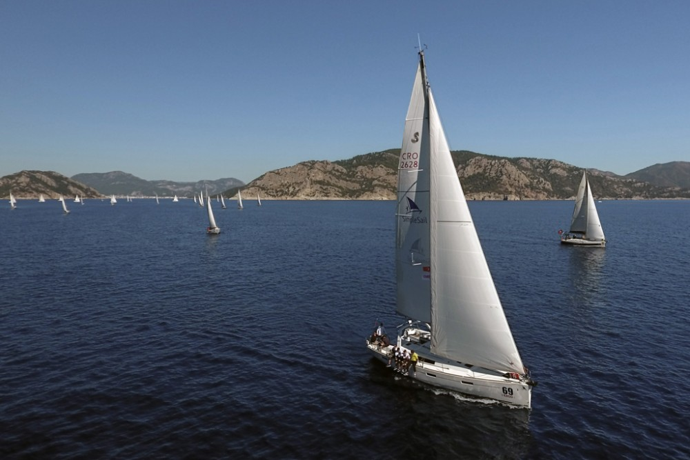 Sailboat for rent Slano at the best price