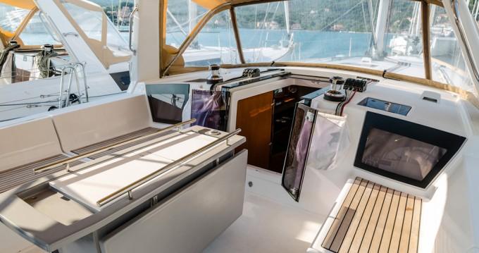 Rental Sailboat in Punat - Bénéteau Oceanis 45