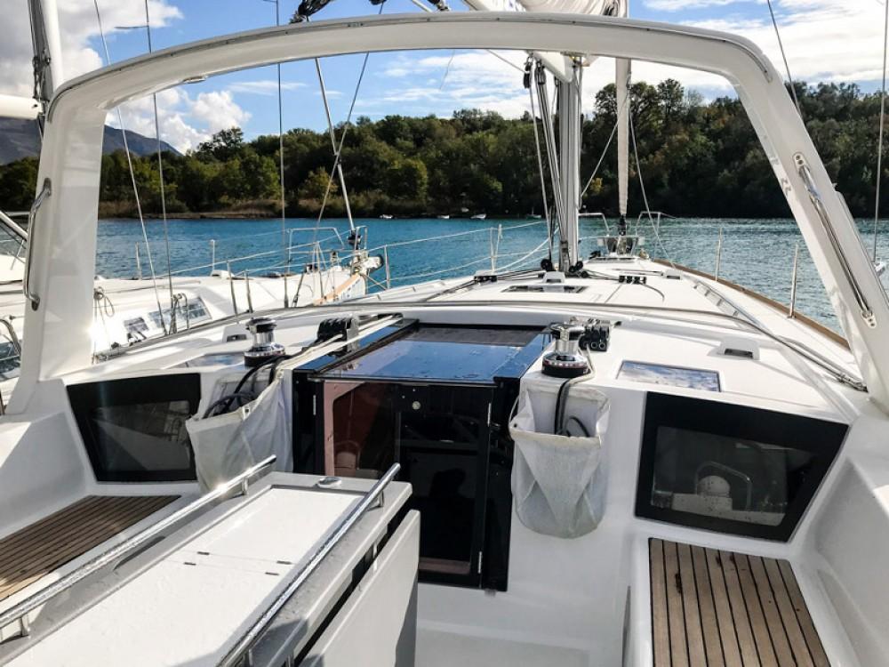 Boat rental Bénéteau Oceanis 45 (4 cabs) in  on Samboat