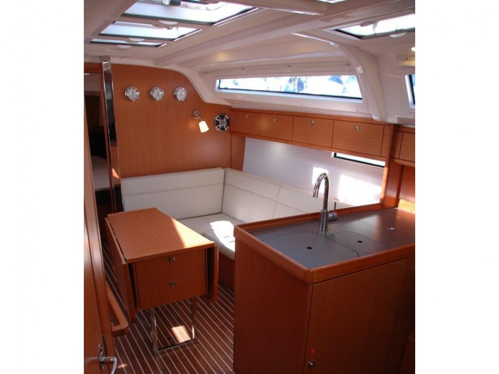 Bavaria Bavaria Cruiser 37 between personal and professional Olbia
