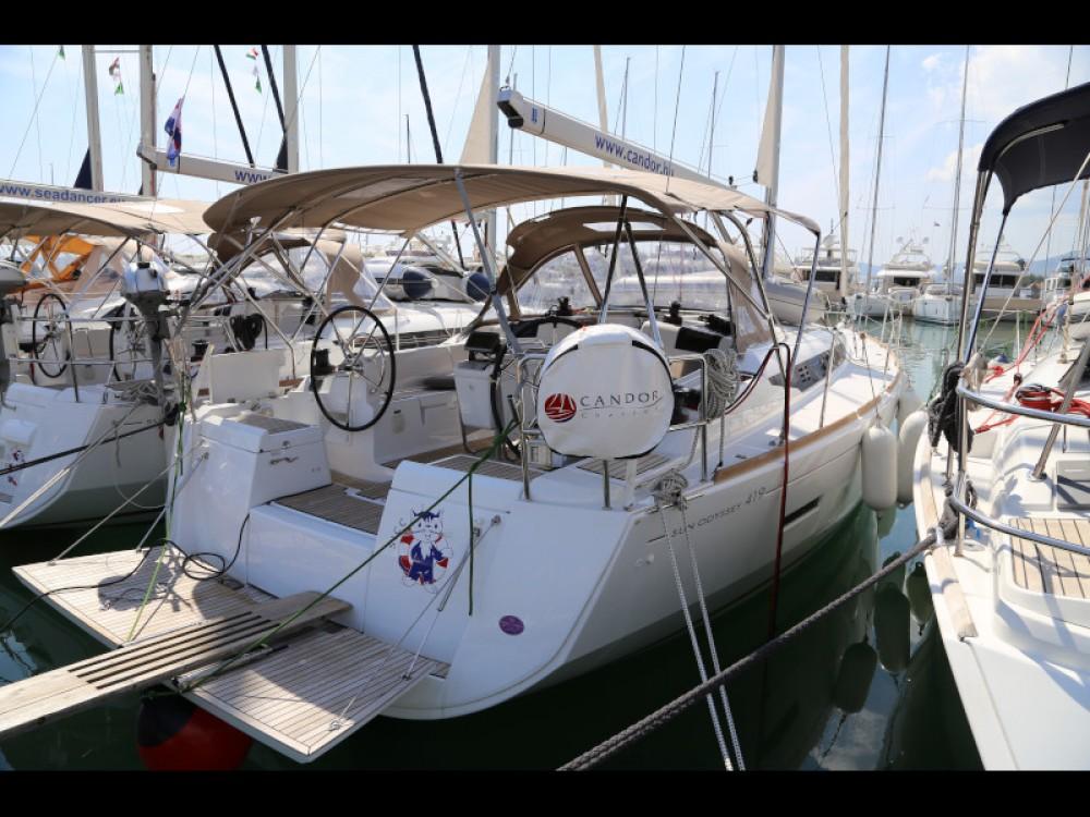 Boat rental Jeanneau Sun Odyssey 419 in  on Samboat