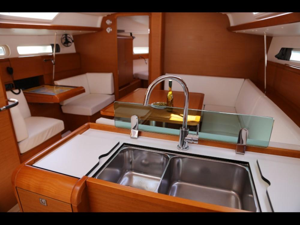 Boat rental  cheap Sun Odyssey 419