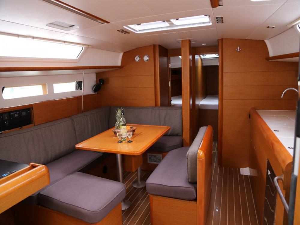 Rental yacht Kaštel Gomilica - Jeanneau Sun Odyssey 479 on SamBoat