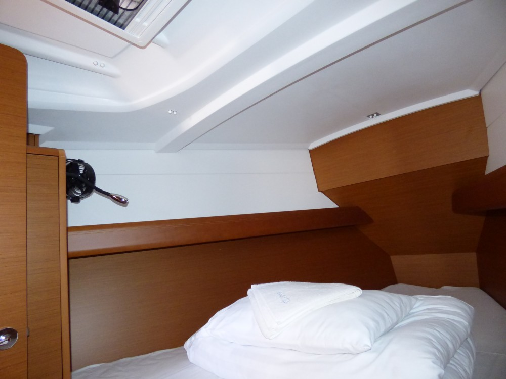 Rental Sailboat in Marina Kaštela - Jeanneau Sun Odyssey 389
