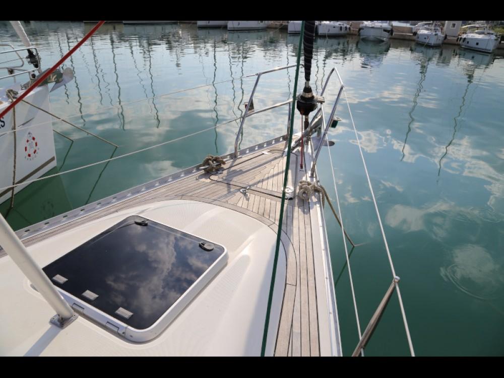 Boat rental Elan Elan 431 in Kaštel Gomilica on Samboat