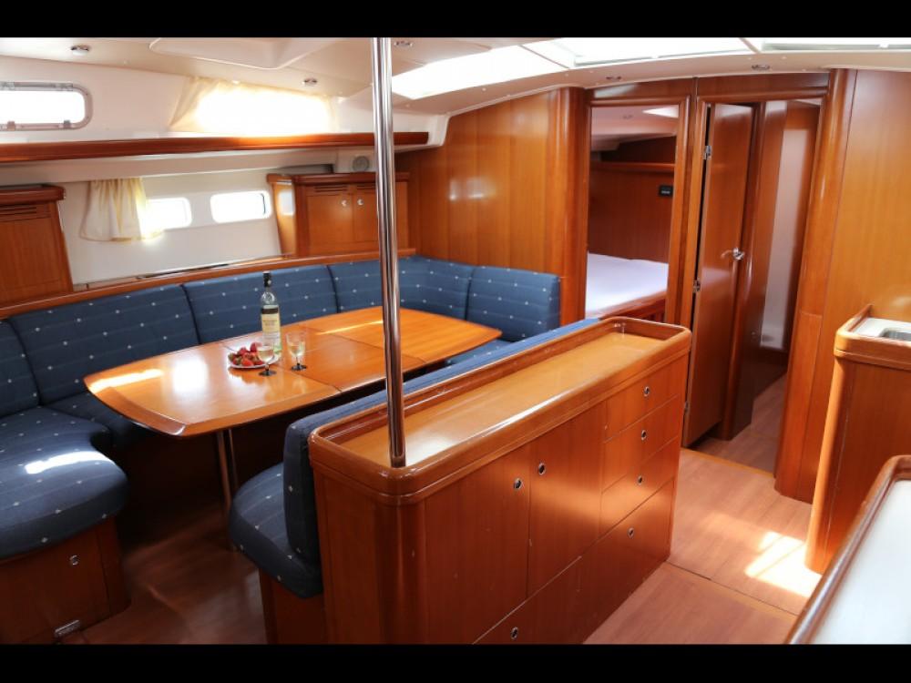 Boat rental  cheap Beneteau Oceanis 523