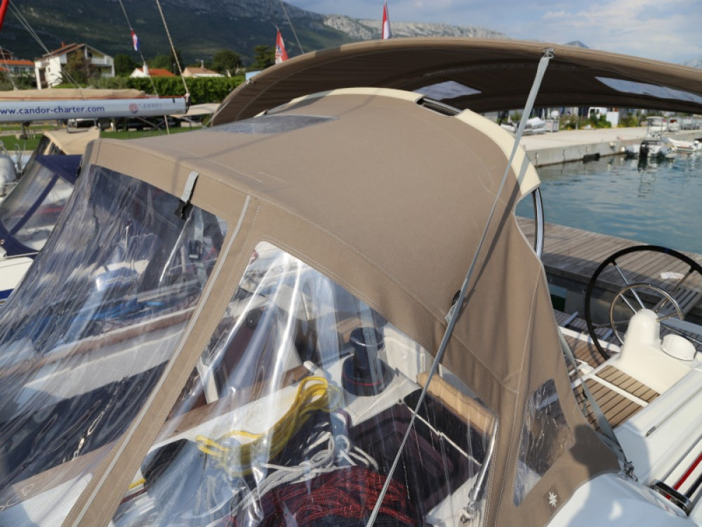 Boat rental Jeanneau Sun Odyssey 419 in Kaštel Gomilica on Samboat