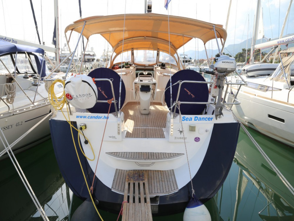 Jeanneau Sun Odyssey 49 DS between personal and professional Kaštel Gomilica