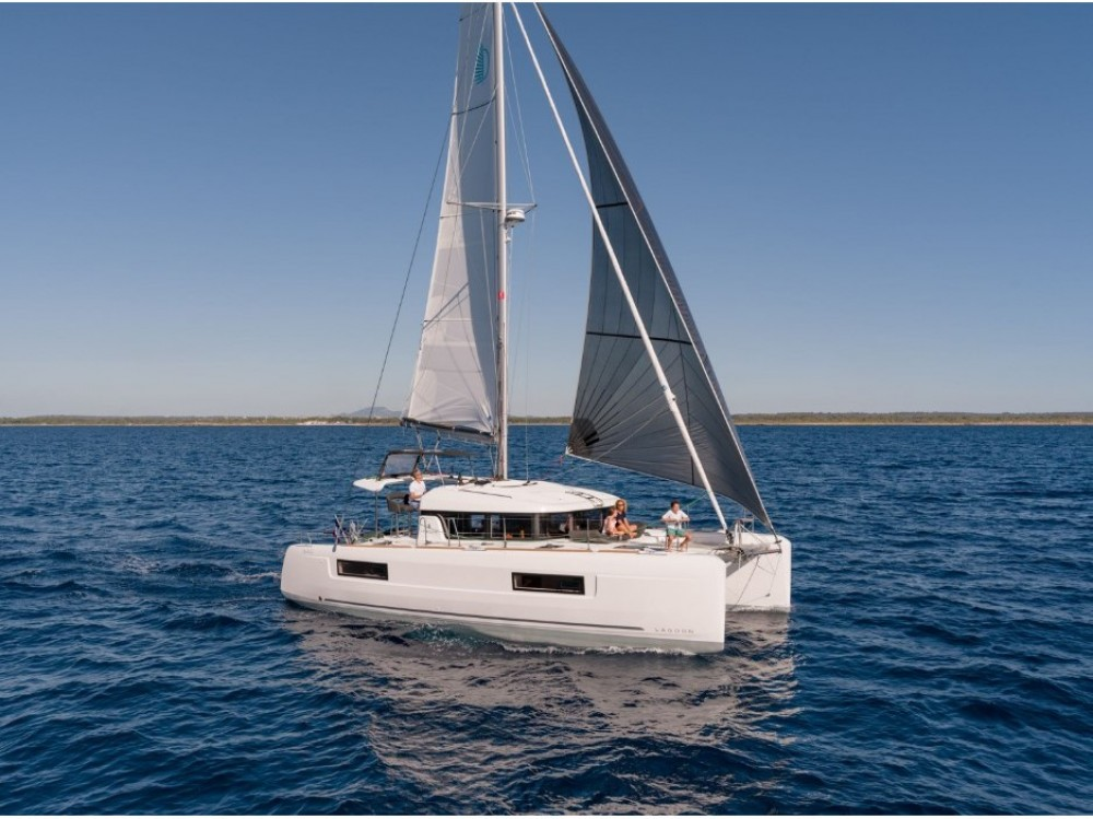 Boat rental Split cheap Lagoon 40