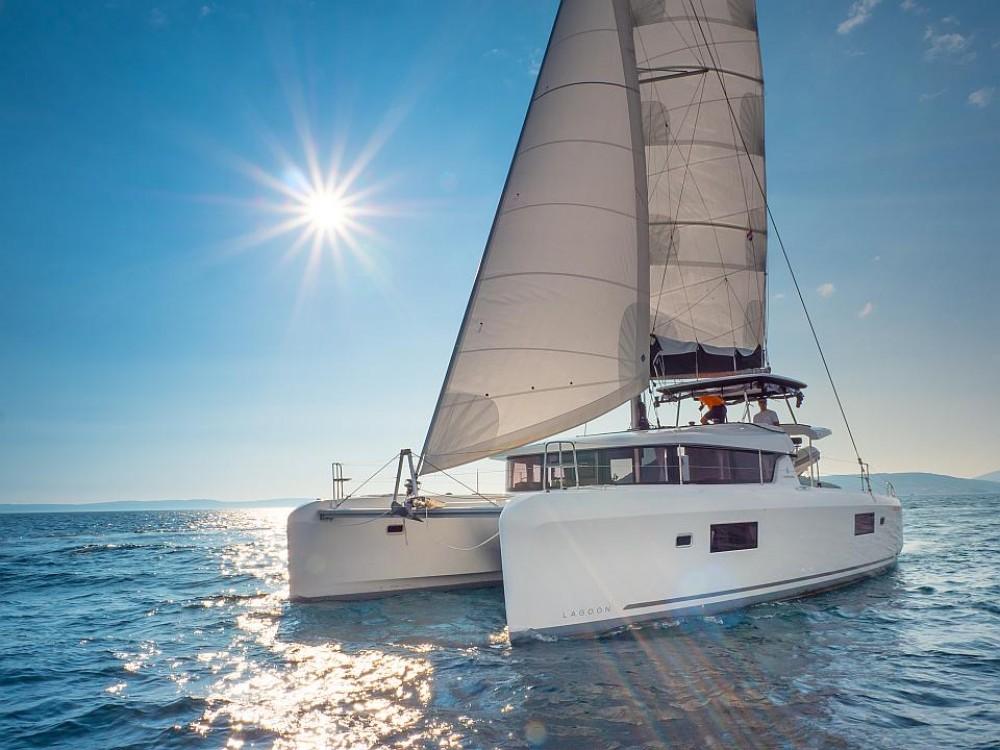 Boat rental Split cheap Lagoon 42
