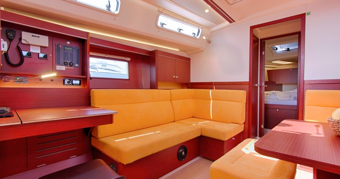 Boat rental Split cheap Hanse 455