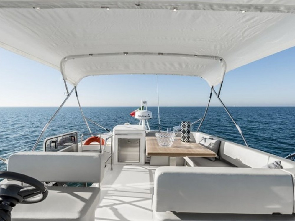 Hire Motor boat with or without skipper Cranchi Split