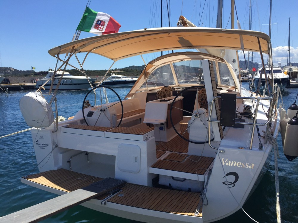 Boat rental Dufour Dufour 412 GL in Olbia on Samboat