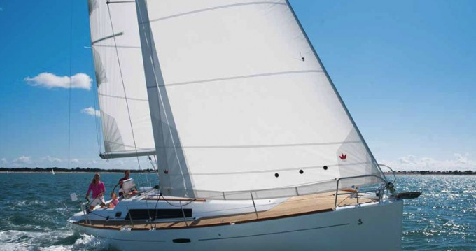 Hire Sailboat with or without skipper Bénéteau Marina di Portisco