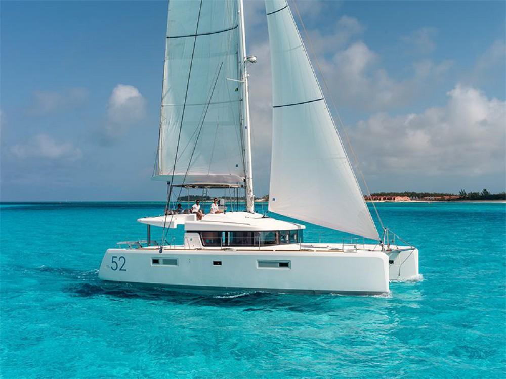 Rental Catamaran in Alimos Marina - Lagoon Lagoon 52 - 5 cabin version