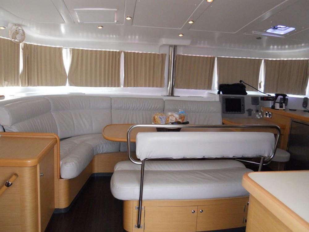 Rental Catamaran in Marina di Portisco - Lagoon Lagoon 440